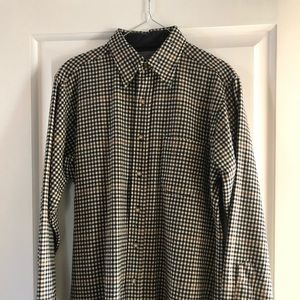 Pendleton 100% Wool button down pocketed shirt